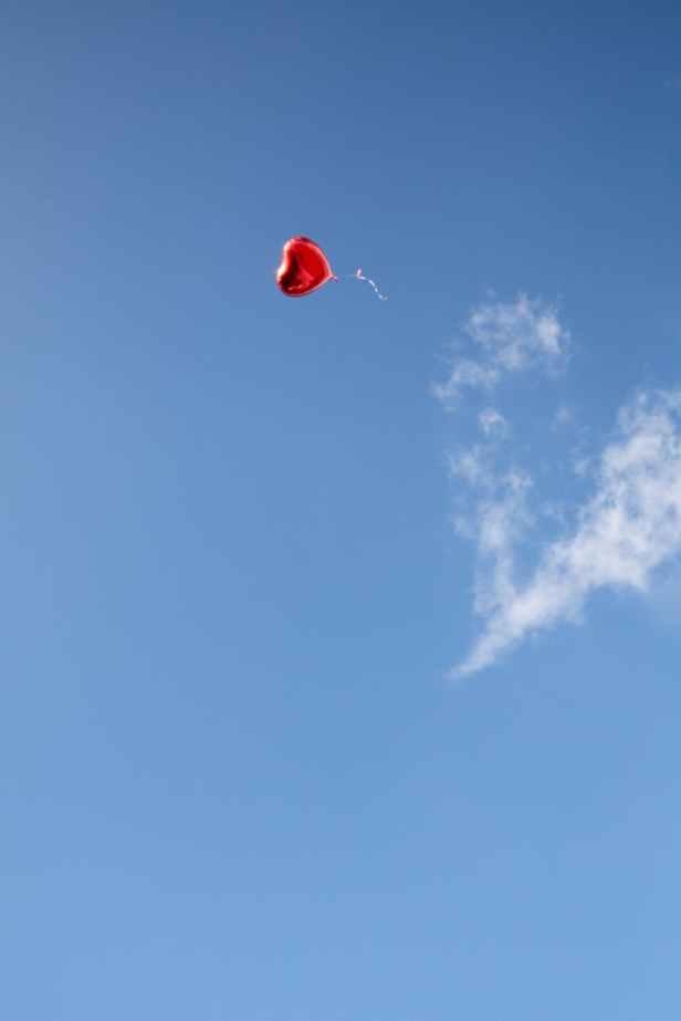 photo of heart shaped balloon